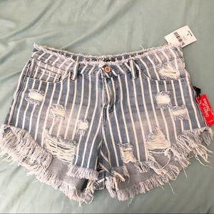 F21 shorts!